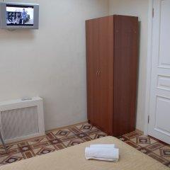 Отель Атриум 3* Номер с общей ванной комнатой фото 4
