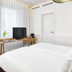 H10 Montcada Boutique Hotel 3* Улучшенный номер с различными типами кроватей фото 4