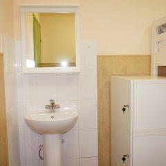 Гостевой Дом Полянка Кровать в мужском общем номере с двухъярусными кроватями фото 7