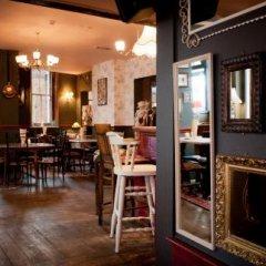 The Olde Swan Hotel гостиничный бар