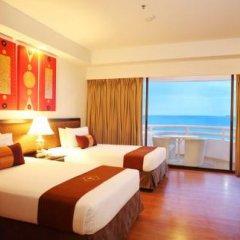 Отель D Varee Jomtien Beach 4* Улучшенный номер с различными типами кроватей фото 20