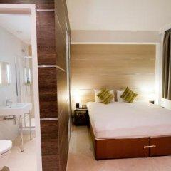 Отель TheWesley 4* Улучшенный номер с различными типами кроватей фото 13
