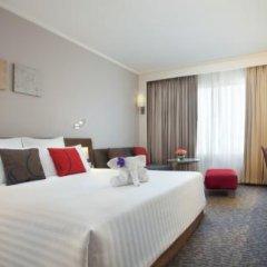Отель Novotel Bangkok On Siam Square 4* Улучшенный номер с различными типами кроватей фото 19