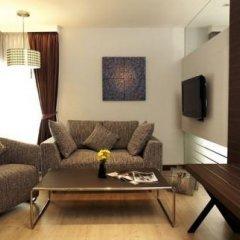 Отель Sukhumvit Suites 3* Люкс с различными типами кроватей фото 10