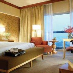 Отель Swissotel The Stamford 5* Представительский номер с различными типами кроватей фото 6
