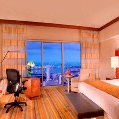 Отель Swissotel The Stamford 5* Номер Делюкс с различными типами кроватей