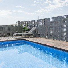 Hotel ILUNION Auditori открытый бассейн фото 3