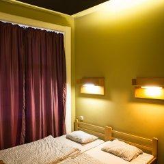 Treestyle Hostel Стандартный номер с двуспальной кроватью