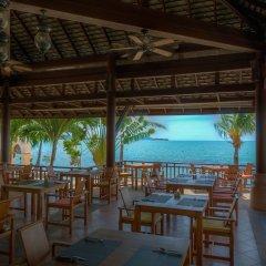Отель Fair House Villas & Spa Самуи столовая на открытом воздухе