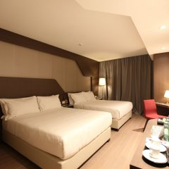 DoubleTree by Hilton Hotel Yerevan City Centre 4* Номер Делюкс с различными типами кроватей фото 2