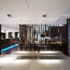 Apex London Wall Hotel лобби лаундж