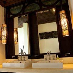 Отель The Vijitt Resort Phuket 5* Вилла Делюкс разные типы кроватей фото 6