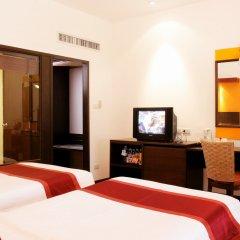 Отель All Seasons Naiharn Phuket 3* Улучшенный номер с различными типами кроватей фото 4