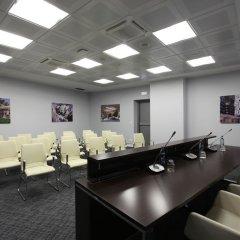 DoubleTree by Hilton Hotel Yerevan City Centre конференц-зал фото 7