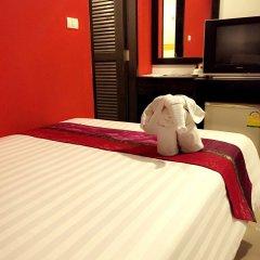 Отель PJ Patong Resortel комната для гостей фото 18