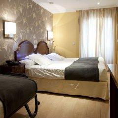 Отель Hostal Astoria Стандартный номер с различными типами кроватей фото 2