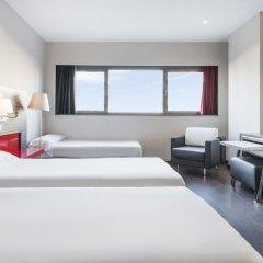 Отель ILUNION Barcelona 4* Стандартный номер с различными типами кроватей фото 24