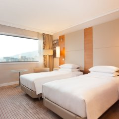 Отель Hilton Barcelona 4* Стандартный номер с 2 отдельными кроватями