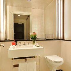 Отель The Mark Нью-Йорк ванная фото 3