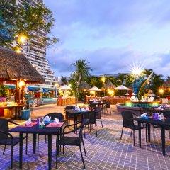 Andaman Beach Suites Hotel столовая на открытом воздухе фото 2