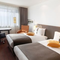 Гостиница Holiday Inn Almaty комната для гостей фото 4