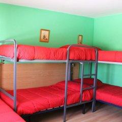 Отель Albergue Turistico La Torre Стандартный семейный номер с двуспальной кроватью