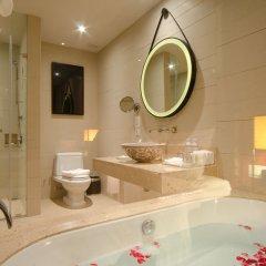 Отель Crowne Plaza Phuket Panwa Beach 5* Стандартный номер с различными типами кроватей фото 8
