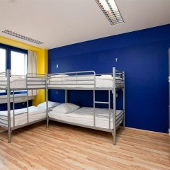 Отель Generator Berlin Prenzlauer Berg Кровать в общем номере с двухъярусной кроватью фото 14