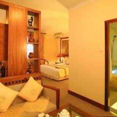 Palace Hotel 3* Люкс повышенной комфортности с различными типами кроватей