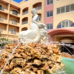 Paradise Bay Hotel фонтан