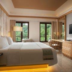 Padma Hotel Bandung 5* Номер Делюкс с различными типами кроватей