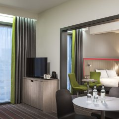 Отель Park Inn By Radisson City Centre 4* Люкс