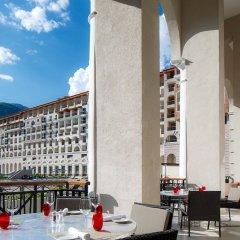 Гостиница Сочи Марриотт Красная Поляна столовая на открытом воздухе