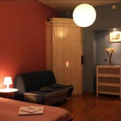 Гостиница Итальянские комнаты Пио на канале Грибоедова 35 Номер с различными типами кроватей (общая ванная комната) фото 2