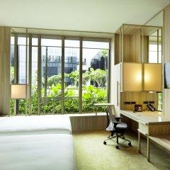 Отель PARKROYAL on Pickering 5* Улучшенный номер с различными типами кроватей