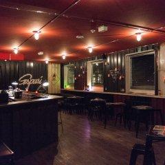 Отель Gspusi Bar Hostel Германия, Мюнхен - 1 отзыв об отеле, цены и фото номеров - забронировать отель Gspusi Bar Hostel онлайн гостиничный бар