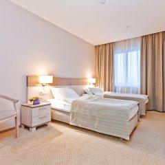 Гостиница East Gate 4* Стандартный номер с 2 отдельными кроватями
