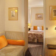 Отель Hôtel Au Manoir St-Germain des Prés 4* Стандартный номер с различными типами кроватей