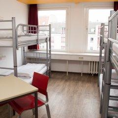 Отель Cityhostel Berlin Кровать в общем номере с двухъярусной кроватью фото 2