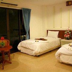 Отель Triple Rund Place 3* Улучшенный номер с различными типами кроватей фото 2