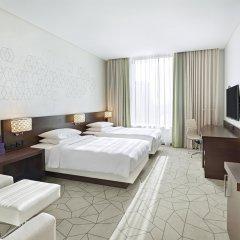 Отель Hyatt Place Dubai Baniyas Square Стандартный номер с различными типами кроватей