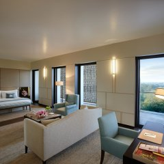 Отель The Lodhi 5* Стандартный номер с различными типами кроватей