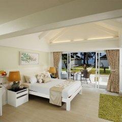 Отель Thavorn Beach Village Resort & Spa Phuket 4* Люкс с различными типами кроватей фото 2