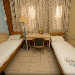 Momos Hostel Номер Эконом с разными типами кроватей (общая ванная комната)