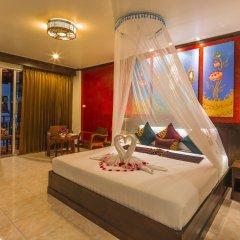 Tanawan Phuket Hotel 3* Номер Делюкс с различными типами кроватей фото 2