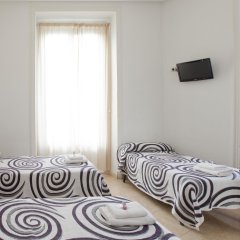 Отель Hostal Condestable Стандартный номер с различными типами кроватей