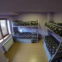 Хостел Vagary Кровать в общем номере с двухъярусной кроватью