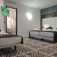 Отель Petit Palace Savoy Alfonso XII 4* Номер Трипл разные типы кроватей