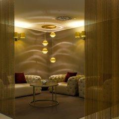DoubleTree by Hilton Hotel Yerevan City Centre лобби лаундж