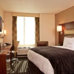 Отель DoubleTree by Hilton New York Downtown 4* Стандартный номер с различными типами кроватей фото 5